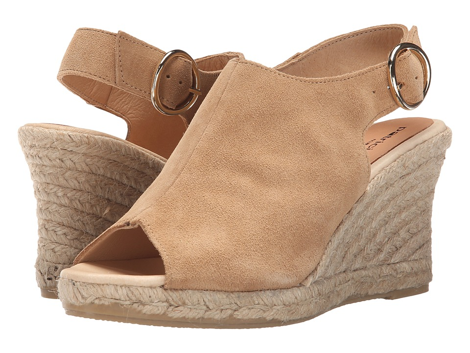Patricia Green - Belle (Camel) Women's Slippers
