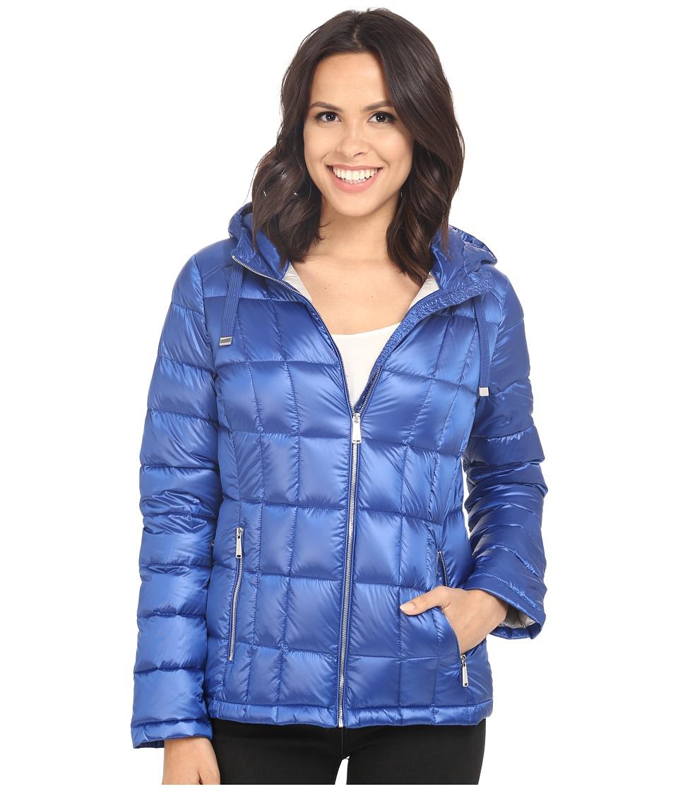 Calvin Klein Short Hooded Lightweight Packable Down (Pearlized Royal Blue) Women