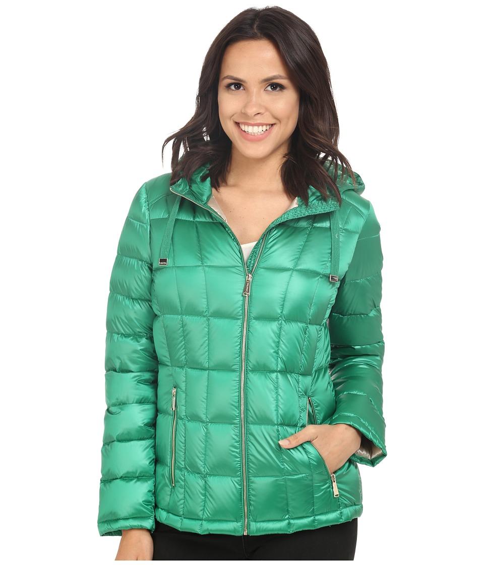 Calvin Klein Short Hooded Lightweight Packable Down (Pearlized Kelly Green) Women