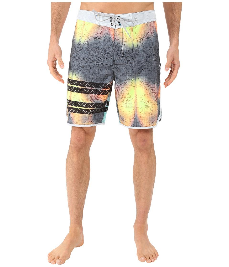 Hurley - Phantom Block Party Sig Zane 19 Boardshorts (Multi) Men's Swimwear