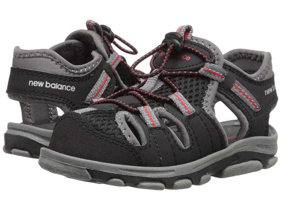 New Balance Kids Adirondack Sandal (Toddler/Little Kid) (Black/Grey) Boys Shoes