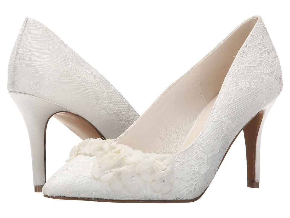 Menbur - Lucia (Ivory) Women's Shoes