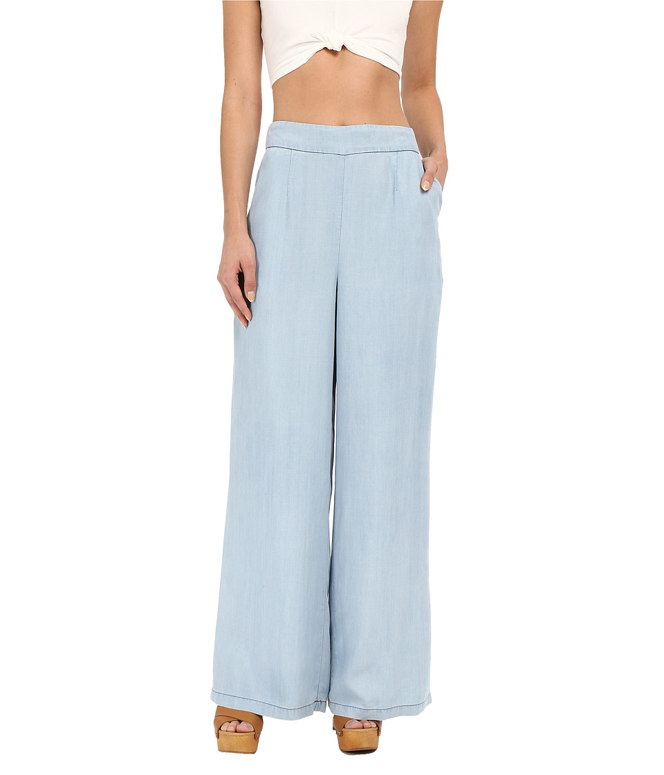BB Dakota - Skylee Denim Tencel High Waisted Pants in Light Blue (Light Blue) Women