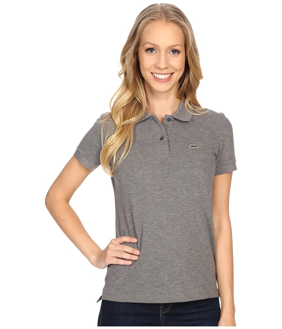 Lacoste - Short Sleeve Classic Fit Pique Polo Shirt (Stone Grey) Women's Short Sleeve Knit