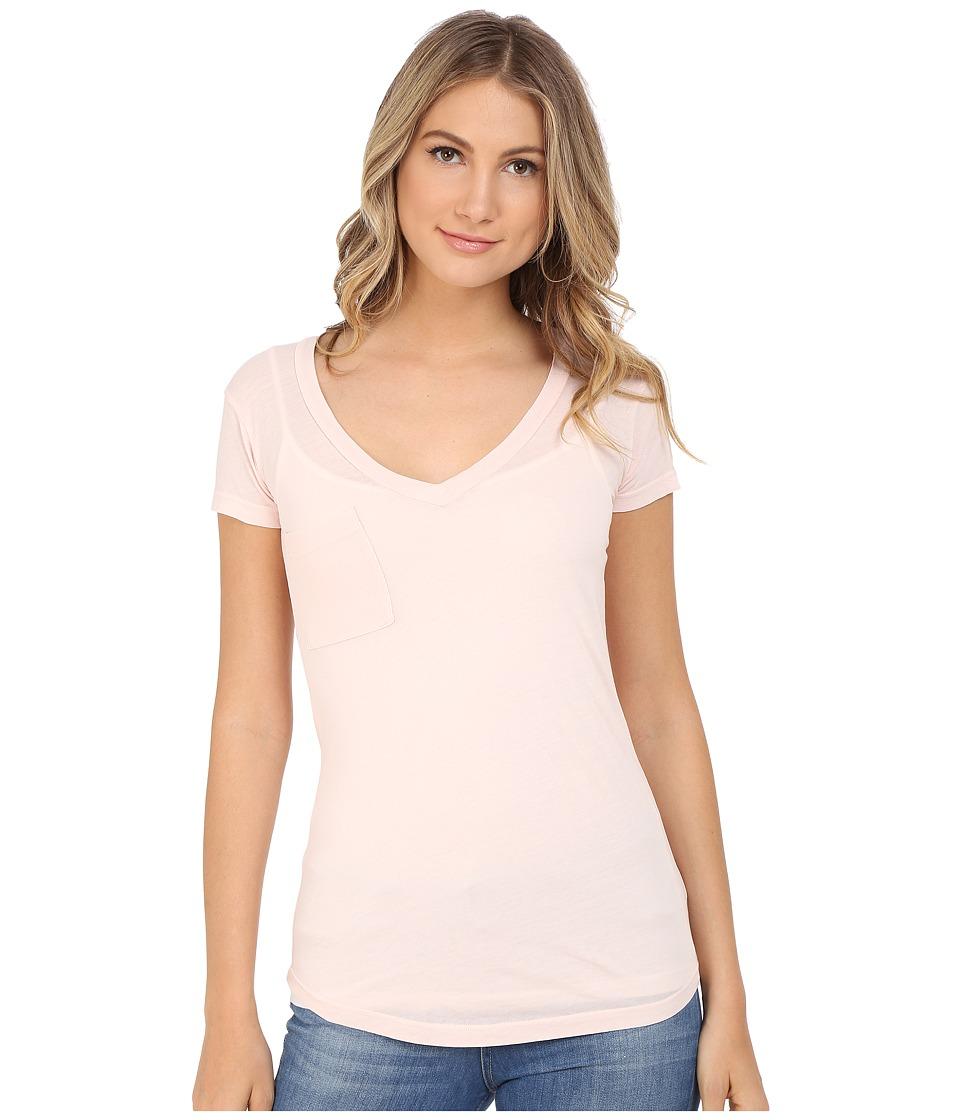 LAmade - V-Pocket Tee - Tissue Jersey (Shrimp) Women's Short Sleeve Pullover
