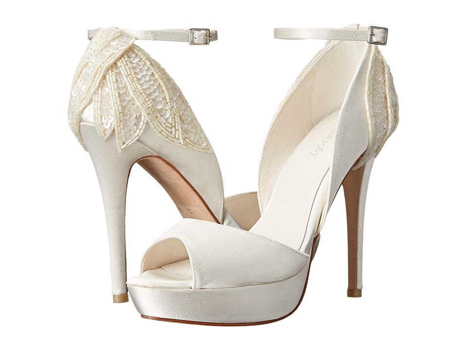 Menbur - Angelica (Ivory) Women's Shoes