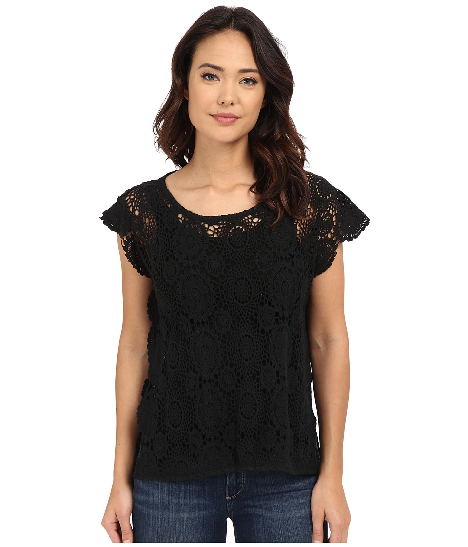 BCBGeneration - Embrace the Lace High-Low Poncho (Black) Women's Short Sleeve Pullover