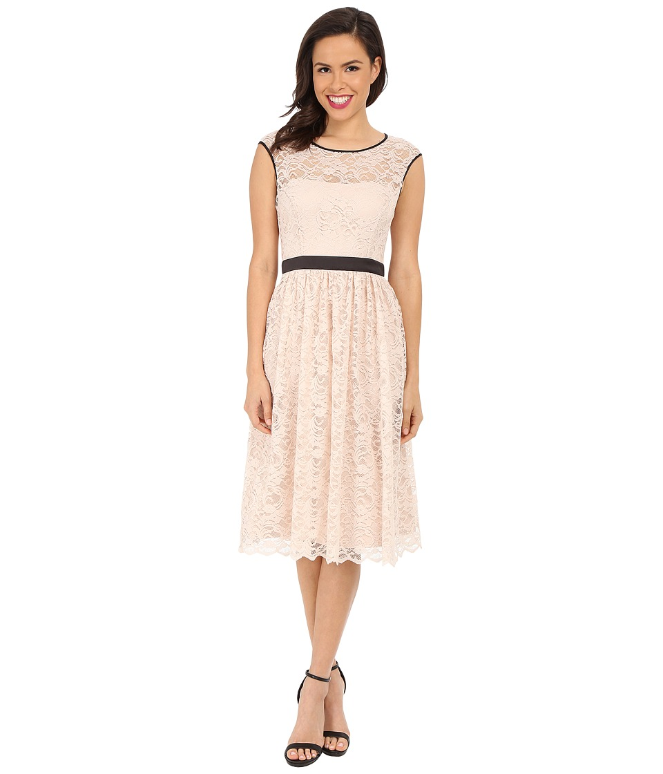 Jessica Simpson Lace Dress with Satin Contrast (New Blush) Women