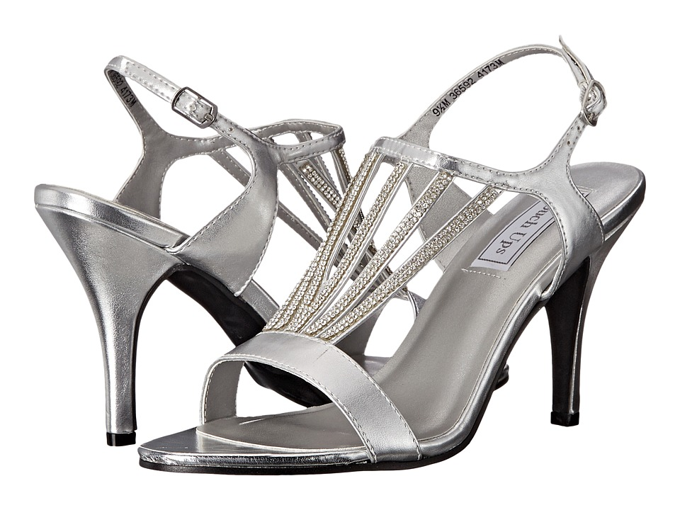 Touch Ups - Carmen (Silver Metallic) Women's Shoes
