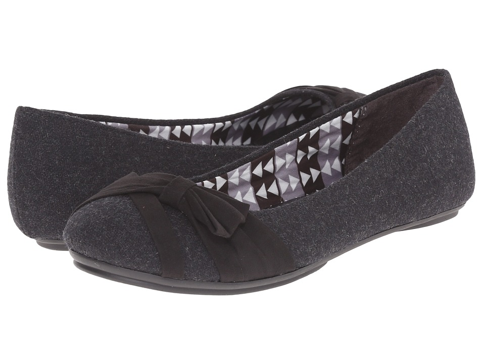 Fergalicious - Glisten (Black) Women's Shoes