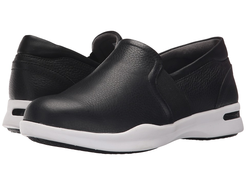 SoftWalk - Vantage (Black Nappa Tumbled Leather 2) Women's Slip on Shoes