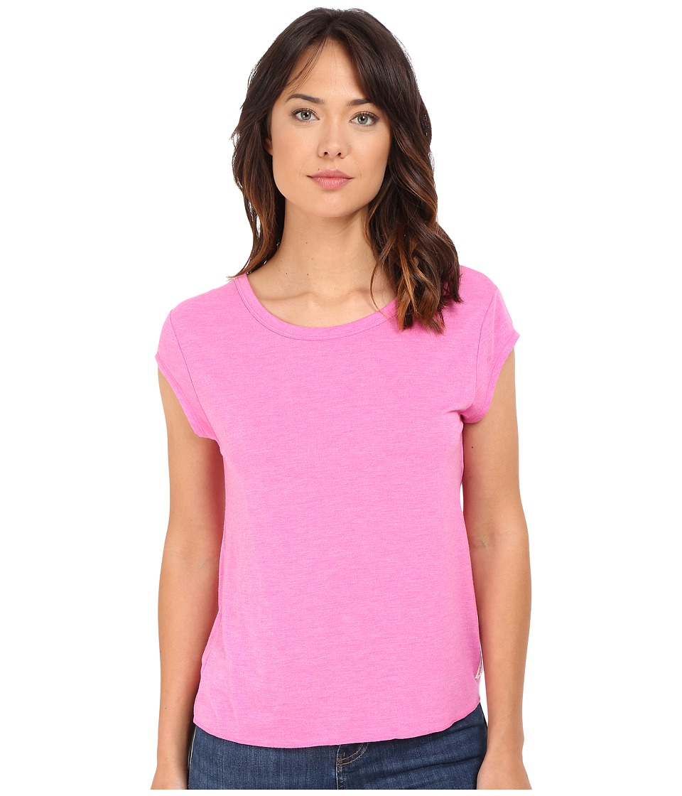 Fox - Tamed Short Sleeve Top (Fuchsia) Women's Short Sleeve Pullover