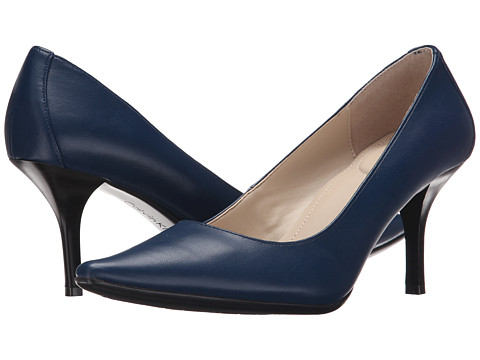 Calvin Klein - Dolly (Marine) Women's 1-2 inch heel Shoes
