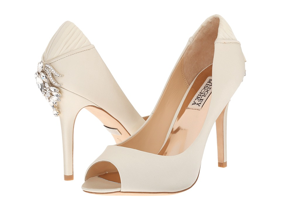 Badgley Mischka - Cali (Ivory Satin/Silk) High Heels