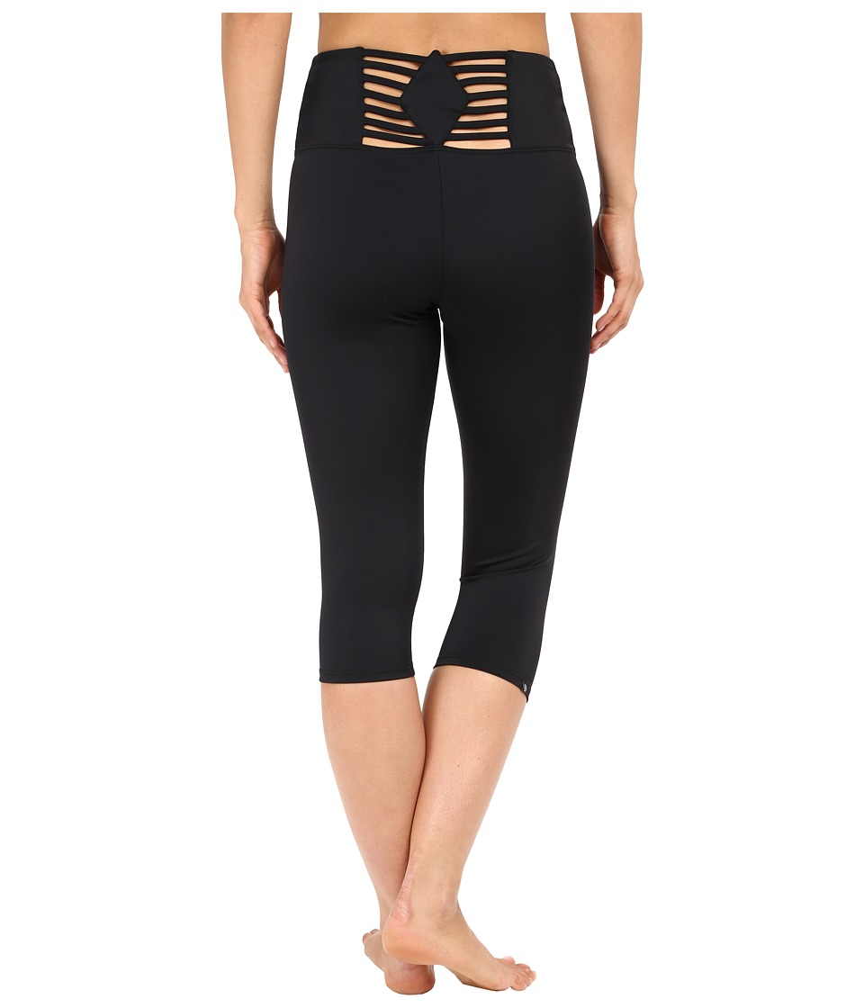 Onzie - Sunray Back Capris (Black) Women's Capri