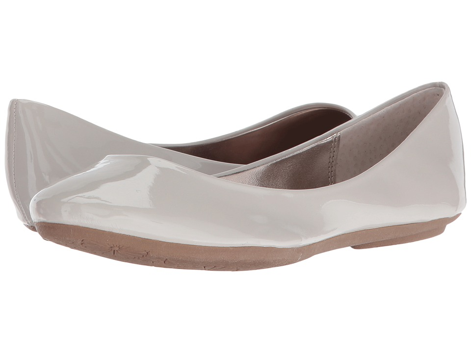 Steve Madden - P-Heaven (Light Grey 1) Women's Flat Shoes