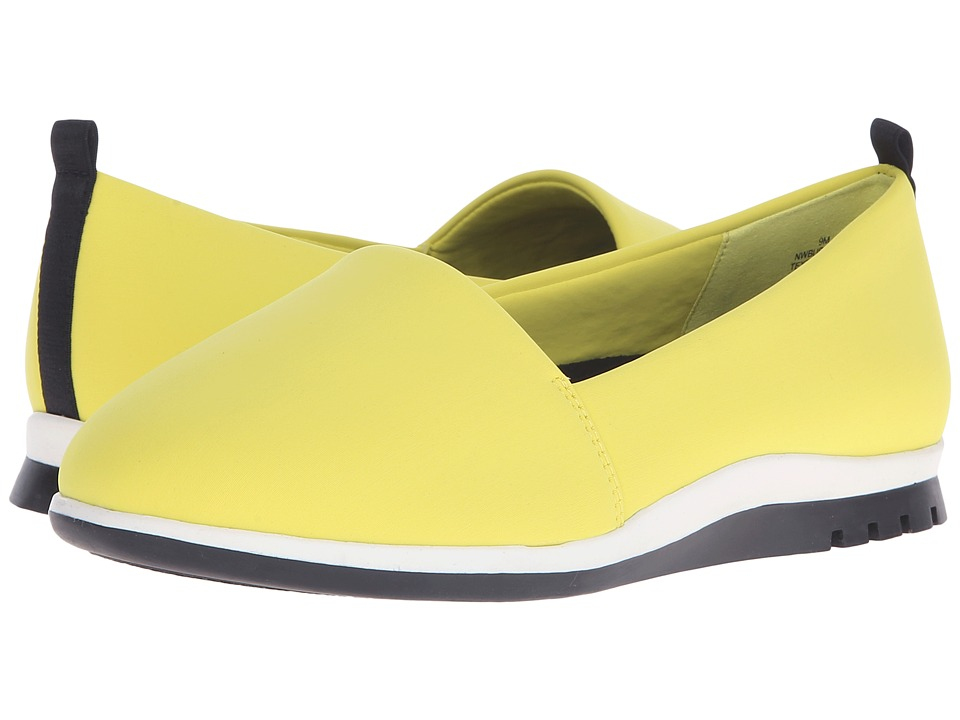 Nine West Burkland2 (Yellow Fabric) Women