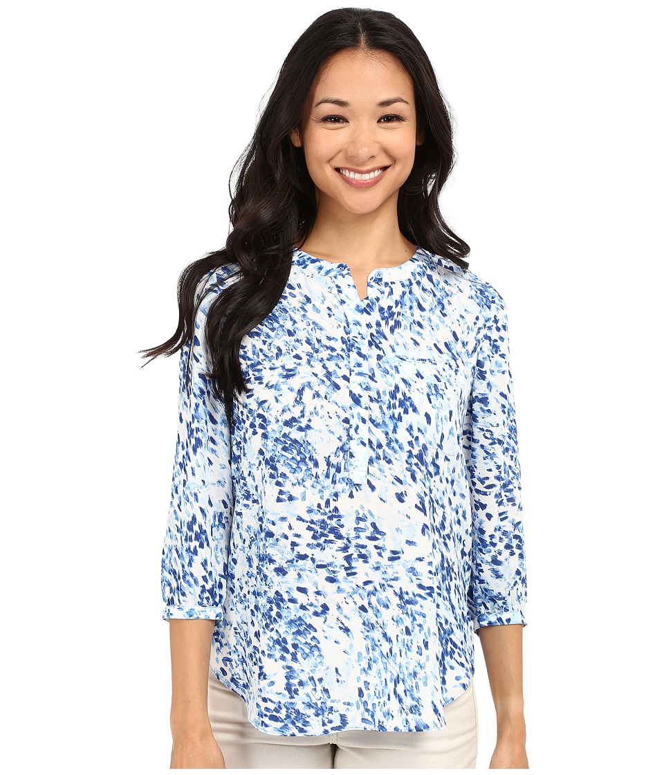 NYDJ Petite - Petite 3/4 Sleeve Pleat Back Solid (Sumi Splash Blue Wave) Women's Blouse