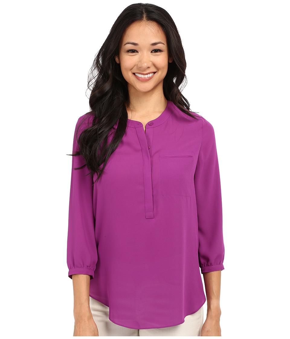 NYDJ Petite - Petite 3/4 Sleeve Pleat Back Solid (Violetta) Women's Blouse