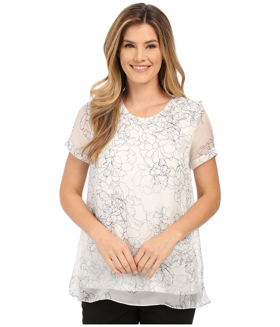 Vince Camuto - Short Sleeve Floral Contour Mix Media Blouse (New Ivory) Women's Blouse