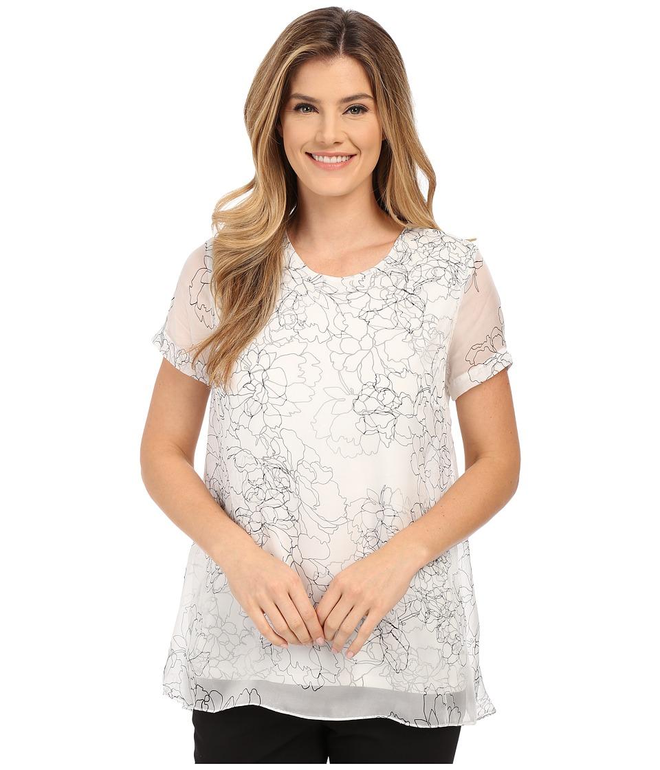 Vince Camuto - Short Sleeve Floral Contour Mix Media Blouse (New Ivory) Women's Blouse plus size,  plus size fashion plus size appare