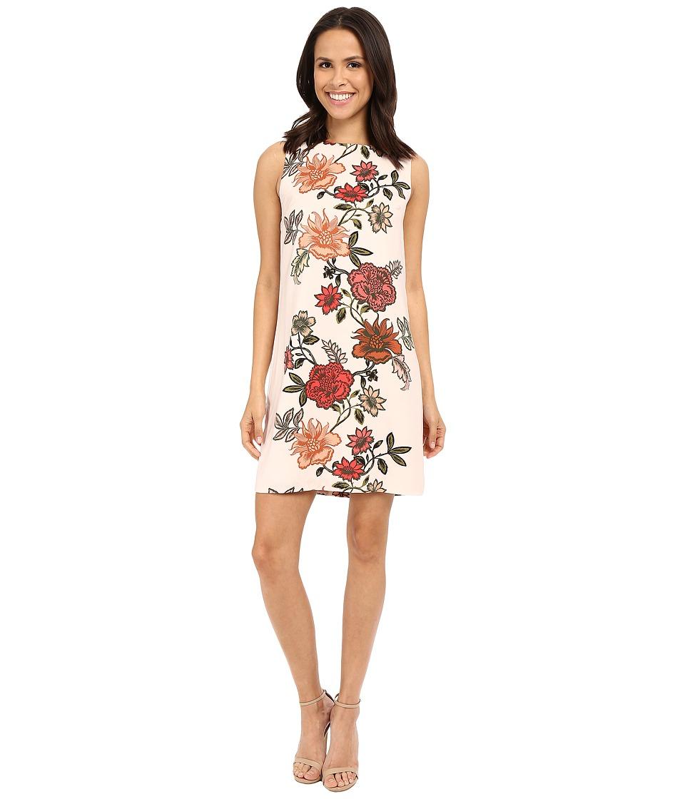 Vince Camuto - Sleeveless Floral Portrait Shift Dress (Blush Balm) Women's Dress