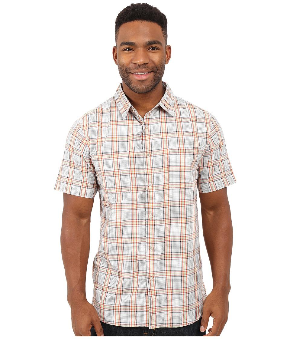 The North Face - Short Sleeve Off The Grid Plaid Shirt (High Rise Grey/Papaya Orange Plaid (Prior Season)) Men's Clothing