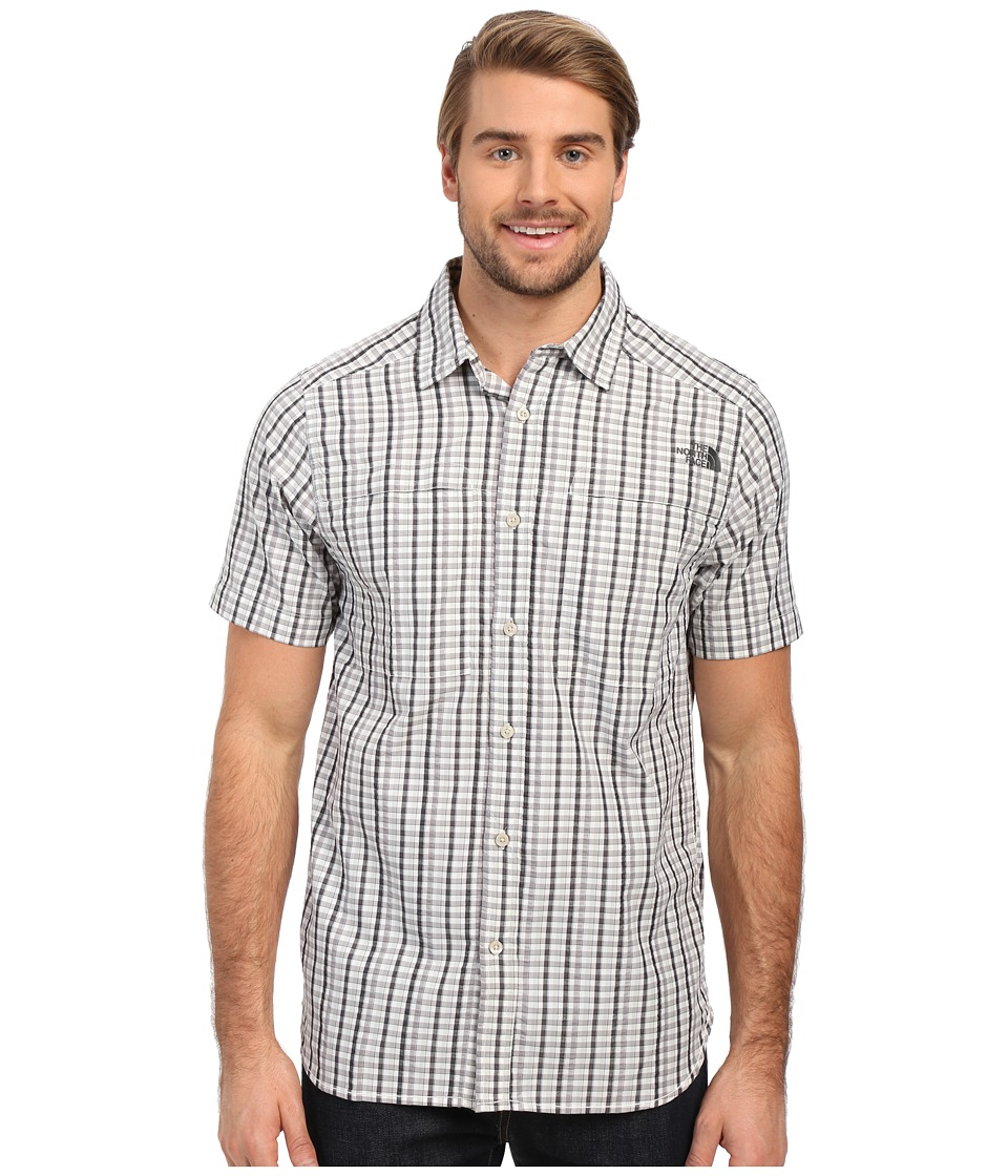 The North Face - Short Sleeve Traverse Plaid Shirt (TNF Black/Mid Grey Plaid) Men's Short Sleeve Button Up