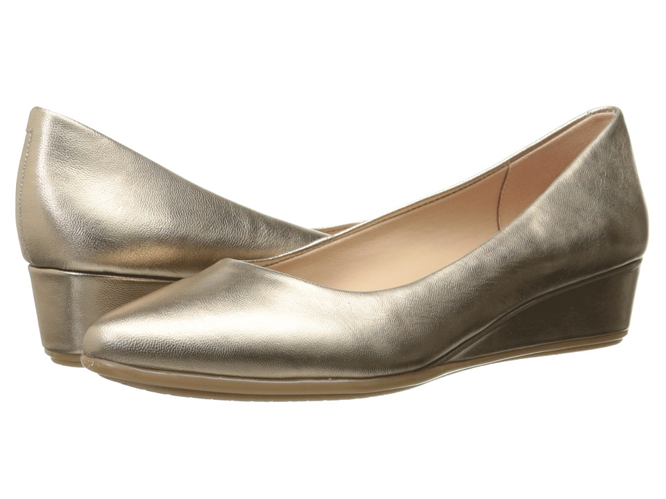 Easy Spirit - Avery (Gold Leather) Women's Shoes