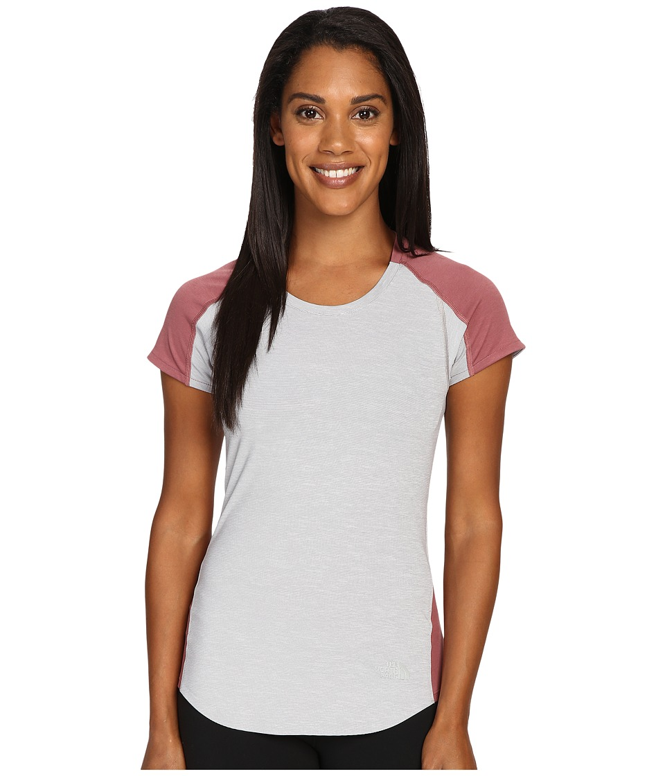 The North Face - Dynamix Short Sleeve (TNF Light Grey Heather/Renaissance Rose) Women's Short Sleeve Pullover