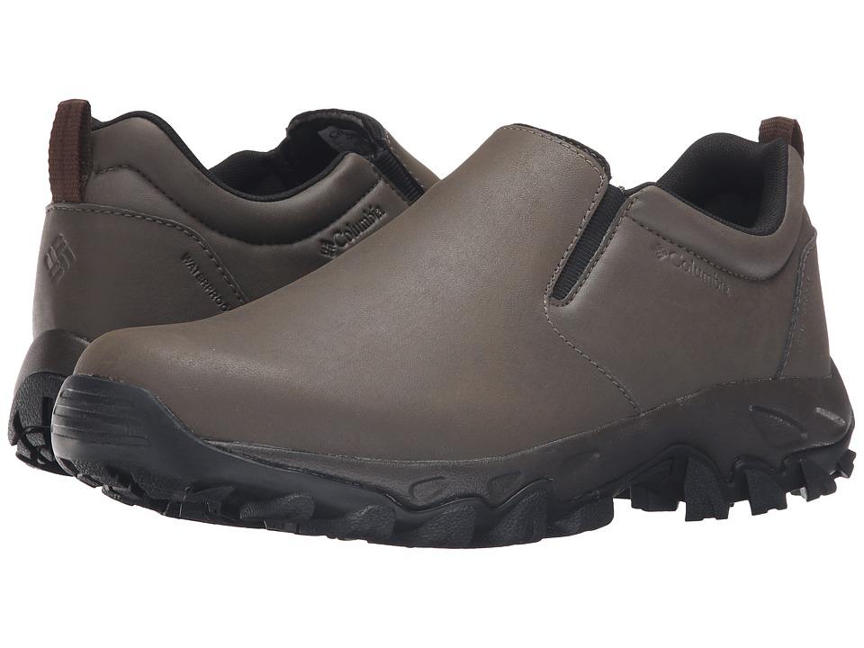 Columbia - Newton Ridge Plus Moc Waterproof (Mud/Red Dahlia) Men's Waterproof Boots