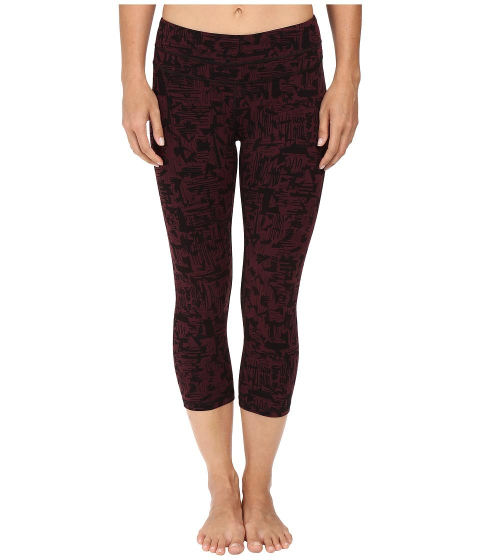 Lucy - Studio Hatha Capri Legging (Fig Mod Print) Women's Capri