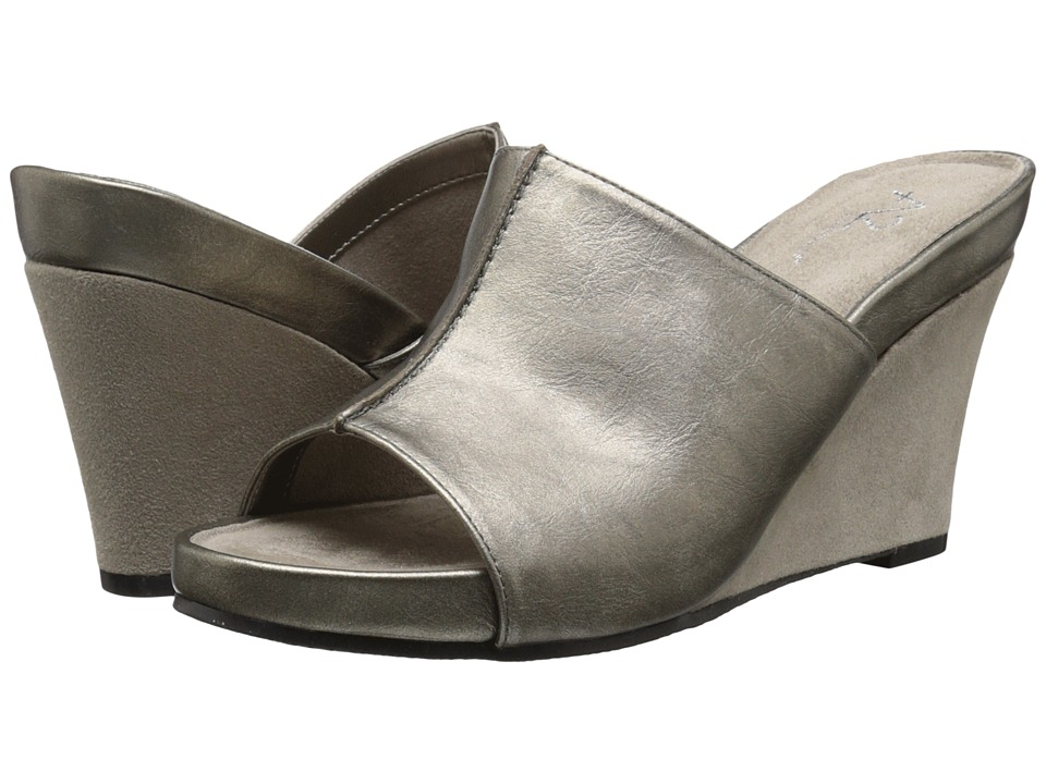 A2 by Aerosoles - A2 by Aerosoles Heart Plush (Silver Metallic) Women's Wedge Shoes