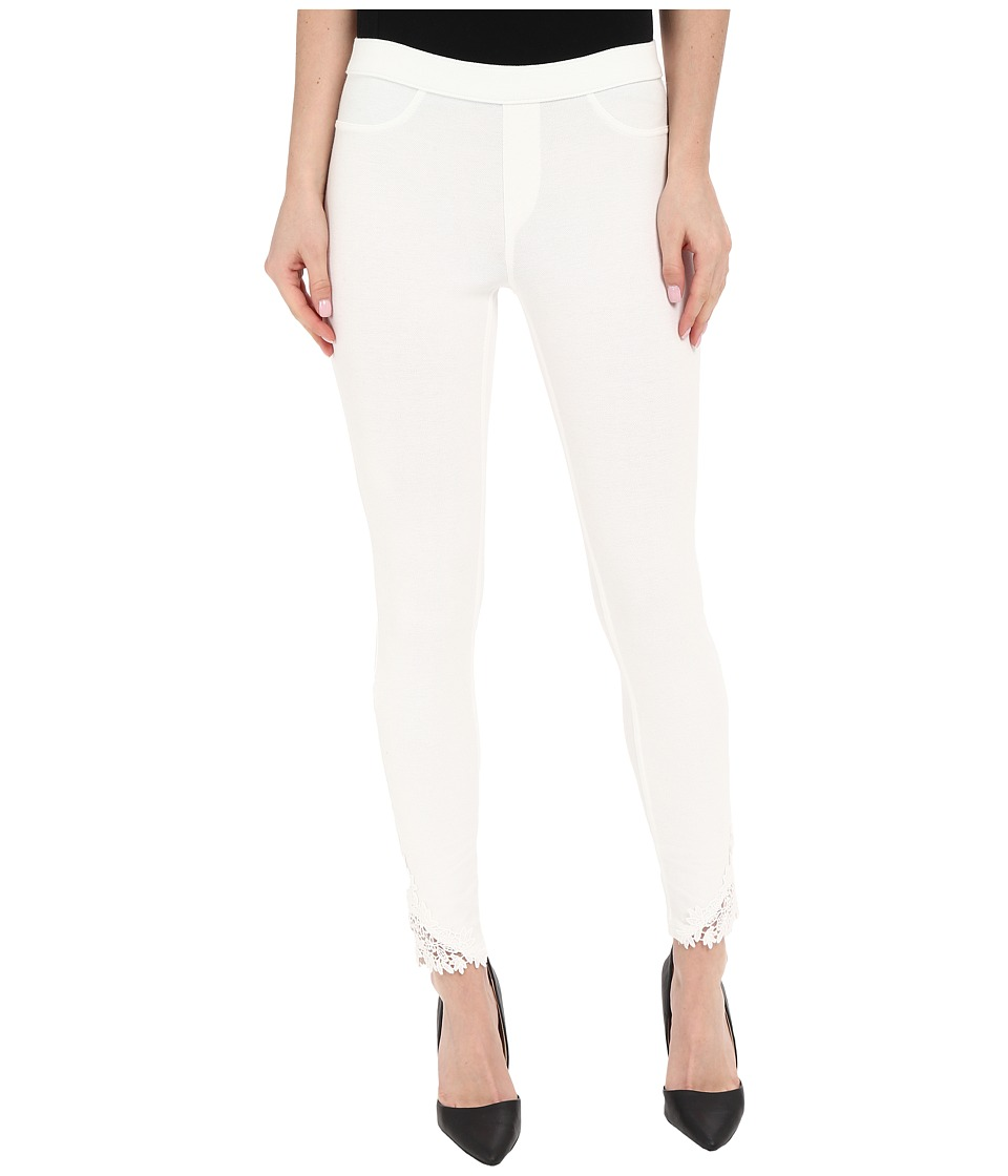 HUE - Lace Trim Pique Skimmer (White) Women's Casual Pants