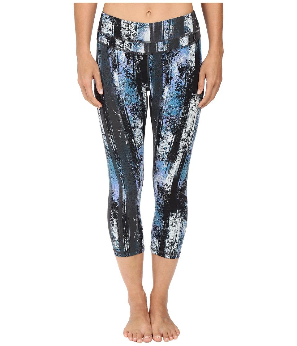 Lucy - Studio Hatha Capri Legging (Multi Woods Print) Women's Capri