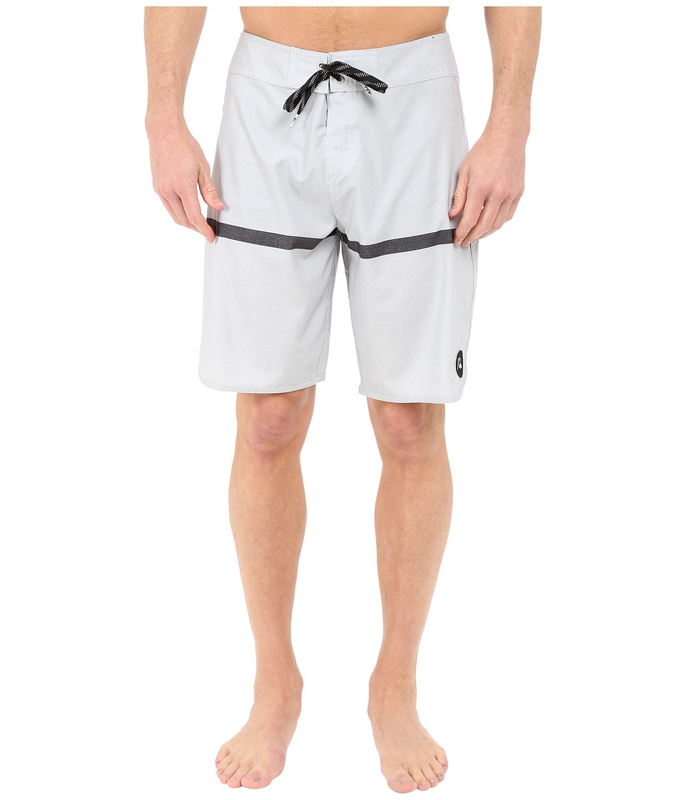 Quiksilver - Stripe Scallop 20 Boardshorts (High Rise) Men