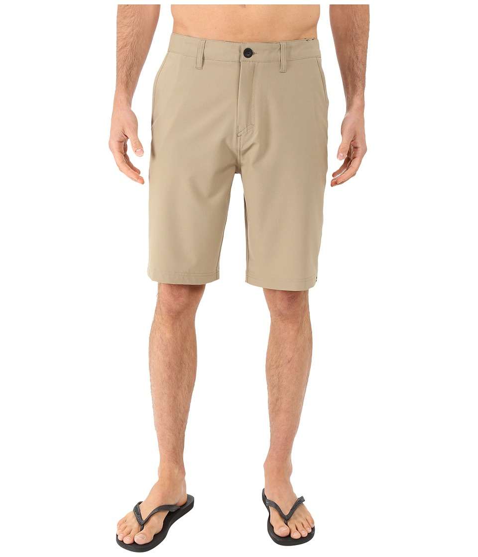 Quiksilver - Every Solid Amphibian 21 Walkshorts (Elmwood) Men's Shorts