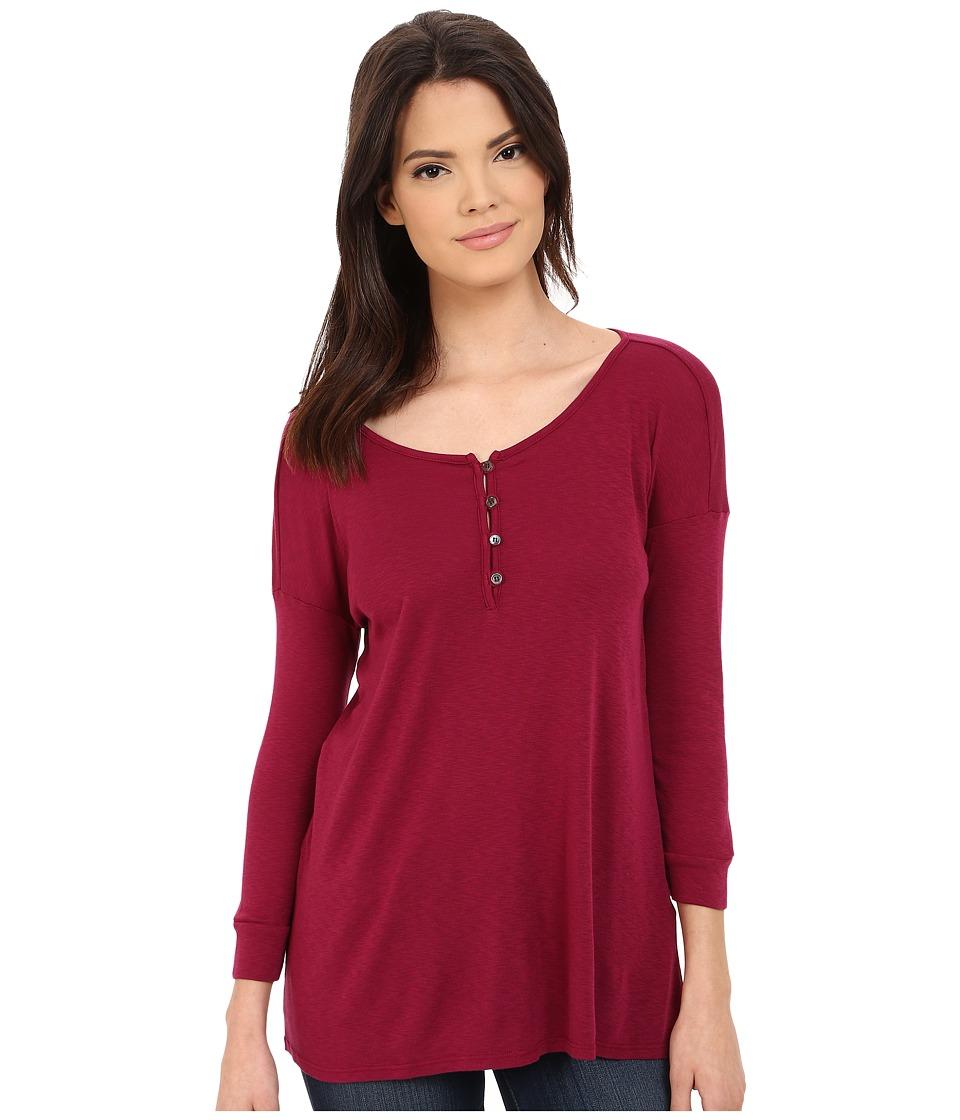 Three Dots - Elena 3/4 Sleeve High-Low Henley (Plum Berry) Women's T Shirt