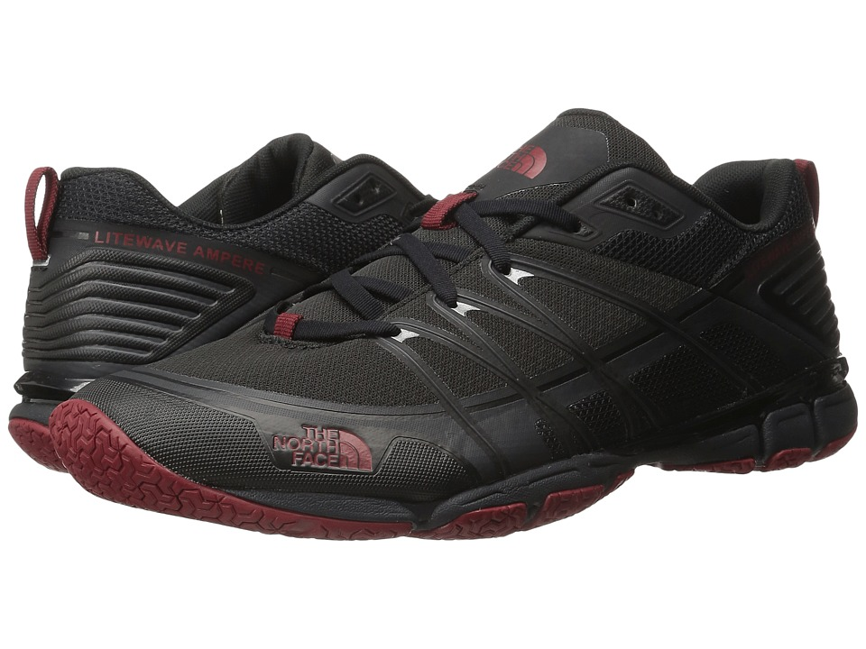 The North Face - Litewave Ampere (Triangle Maze Print/Ruby Red) Men's Shoes