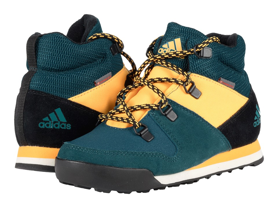 adidas Outdoor Kids - CW Snowpitch (Little Kid/Big Kid) (Tech Green/Black/Solar Gold) Boys Shoes