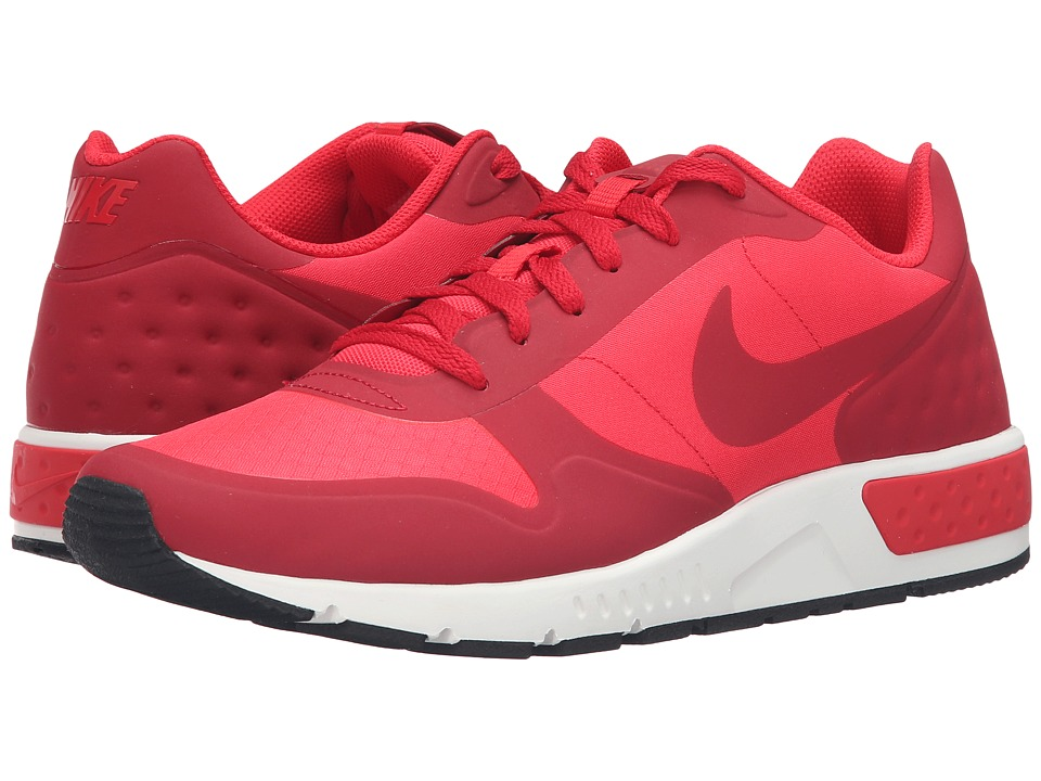 Nike - Nightgazer LW (Action Red/Gym Red/Sail) Men's Lace up casual Shoes