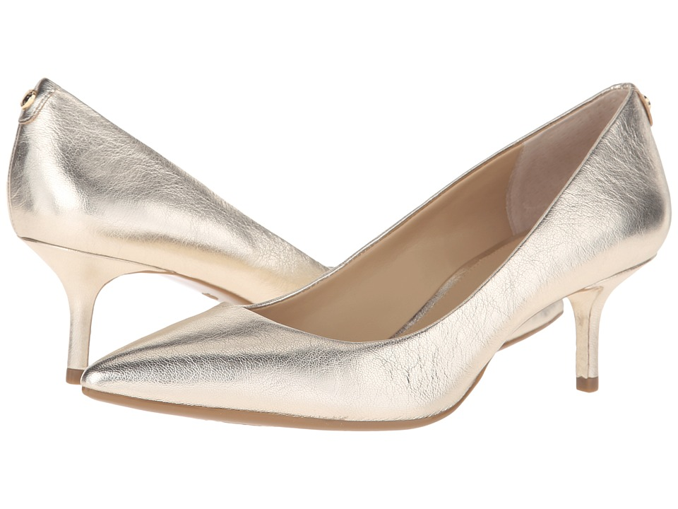 MICHAEL Michael Kors - MK Flex Kitten Pump (Pale Gold Metallic Nappa) High Heels