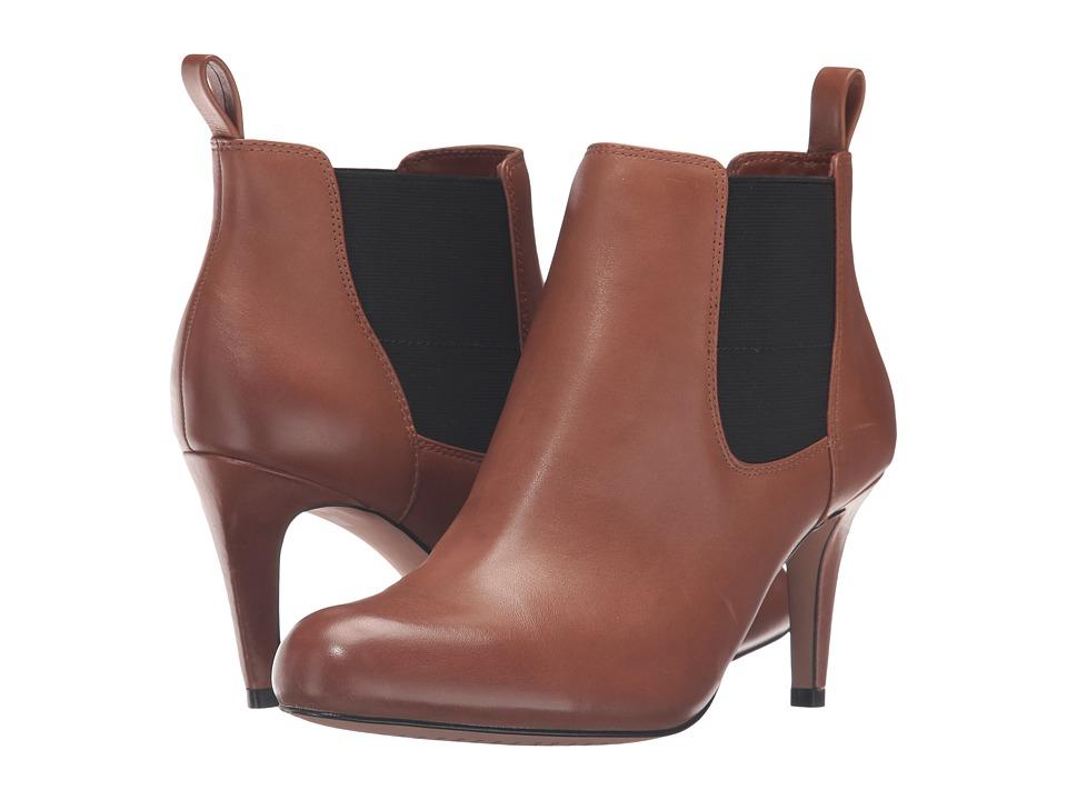 Clarks Carlita Quinn (Tan Leather) Women