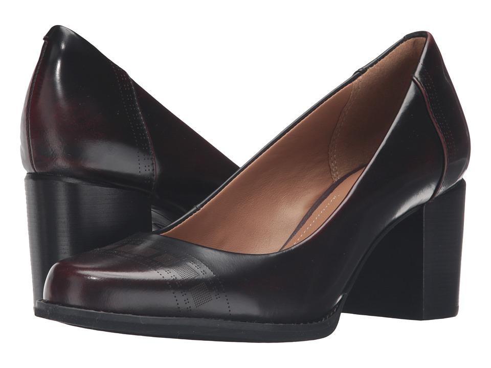 Clarks - Tarah Sofia (Black Brushed Leather) High Heels