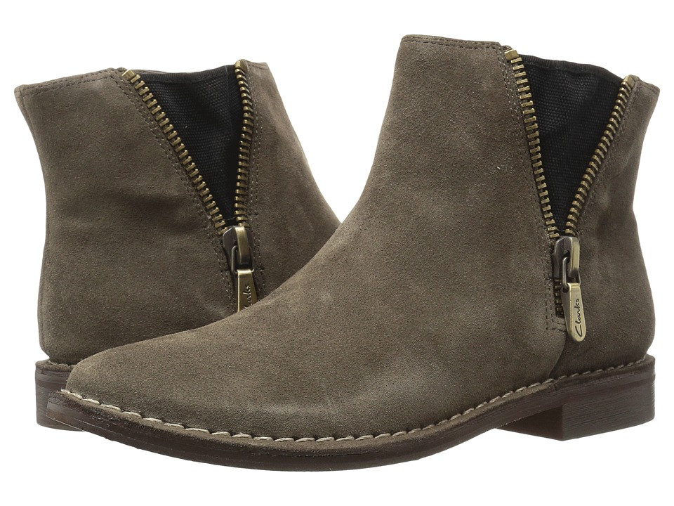Clarks - Cabaret Ruby (Khaki Suede) Women's Pull-on Boots