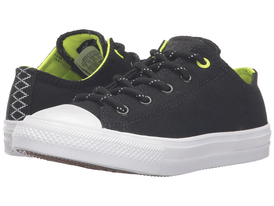 Converse Kids - Chuck Taylor All Star II Ox (Little Kid) (Black/Volt/White) Boy's Shoes