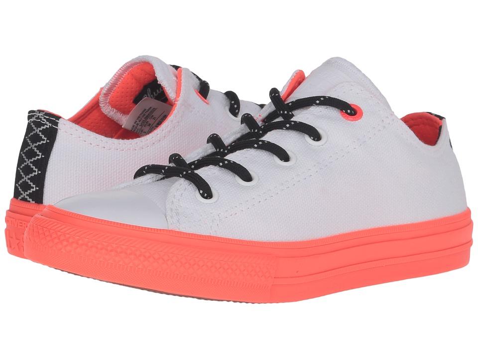 Converse Kids - Chuck Taylor All Star II Ox (Little Kid) (White/Black/Lava) Boy's Shoes