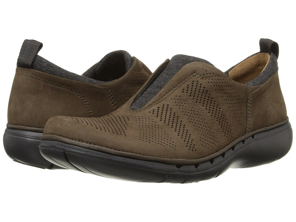 Clarks - Un Spirit (Khaki Nubuck) Women's Slip on Shoes