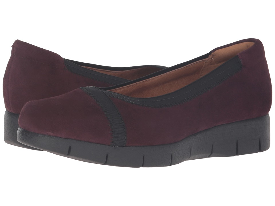 Clarks - Daelyn Hill (Aubergine Suede) Women's Shoes