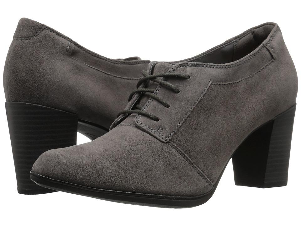 Clarks - Araya Hale (Grey Suede) Women's 1-2 inch heel Shoes